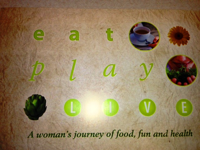 EAT PLAY LIVE